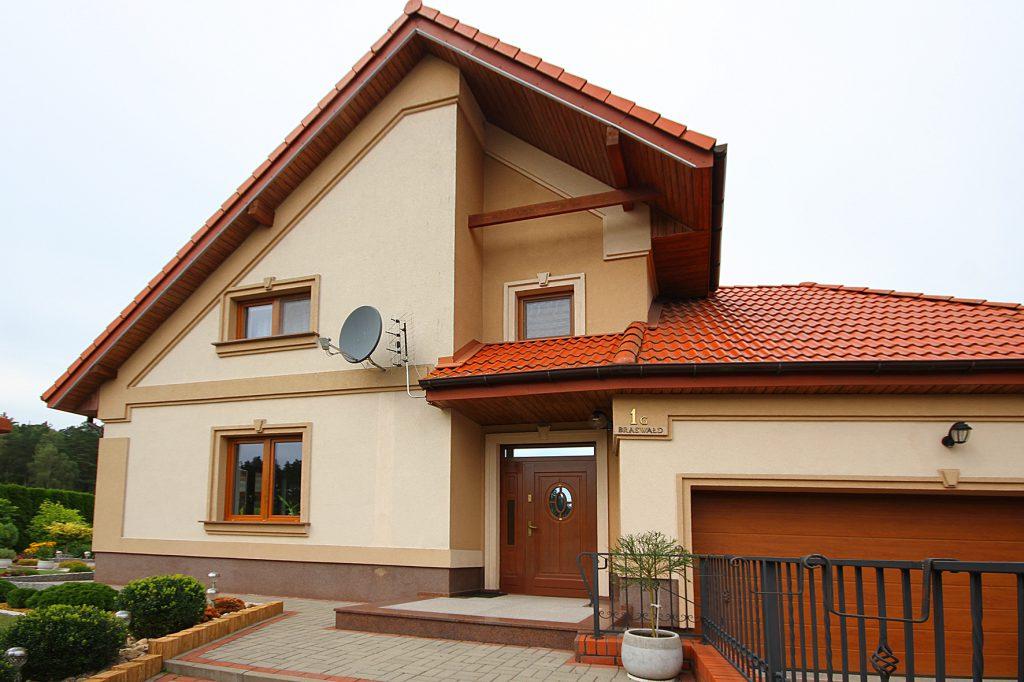 Elegancka Posiadłość położona na dużej działce 7 km od Olsztyna